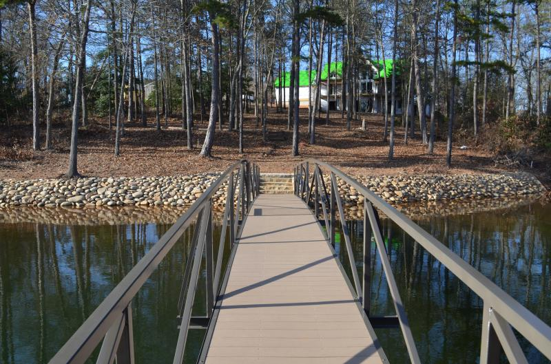 Tennessee River Rock & Crab Orchard Stone Steps with Ramps